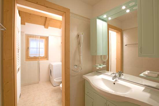 chalet elio livigno appartamento boscola bagno